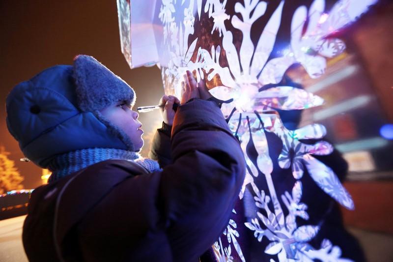 Жители Москвы могут исполнить новогоднюю мечту ребенка