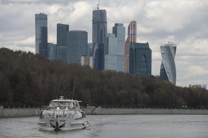 Власти Москвы продлили сезон речной навигации
