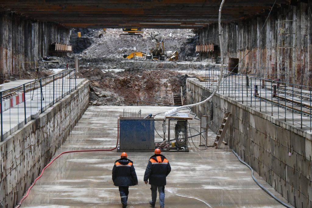 Автотоннель на Варшавском шоссе откроют до конца ноября