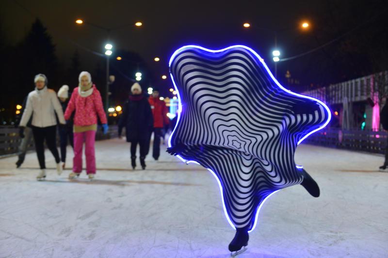 Московские парки открыли сезон катков