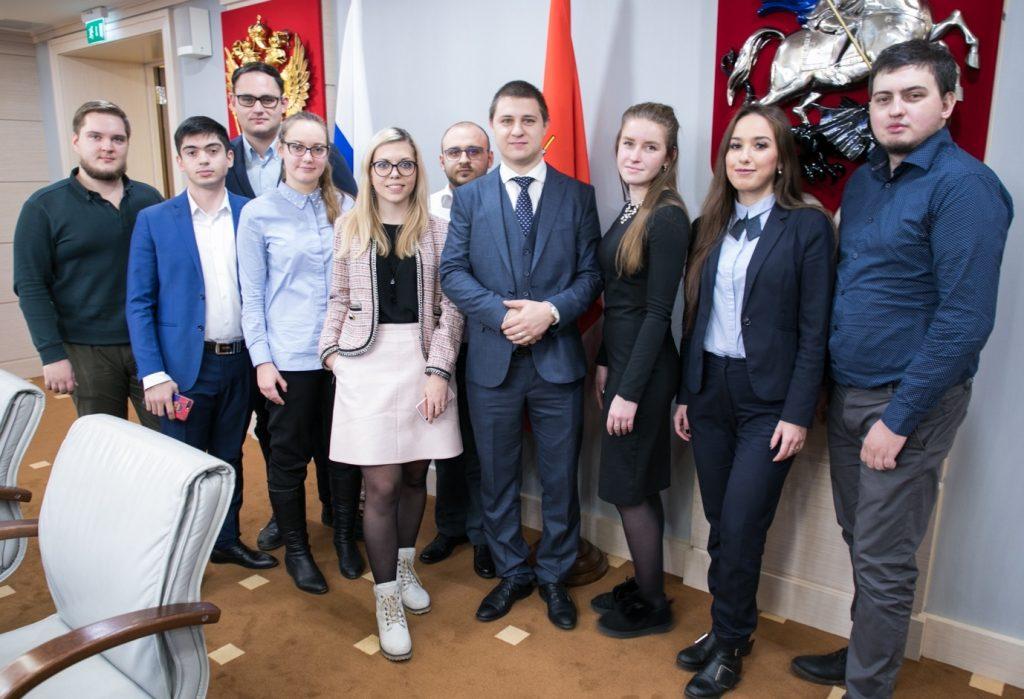 Восемь представителей Южного округа вошли в состав Молодежной палаты при Московской городской Думе