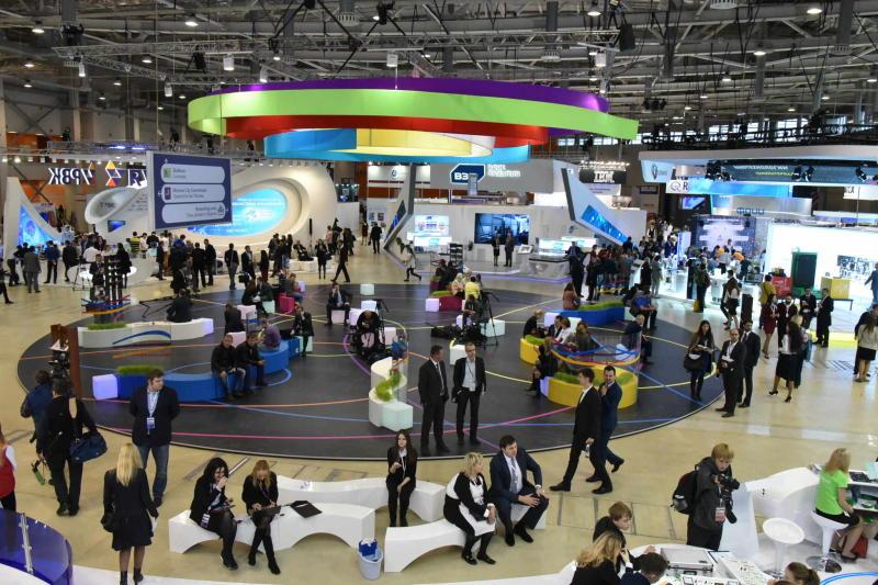 Участники всемирного саммита оценили успехи Москвы в области образования