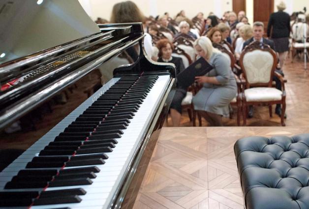 Жителей юга пригласили на концерт юного музыкального гения