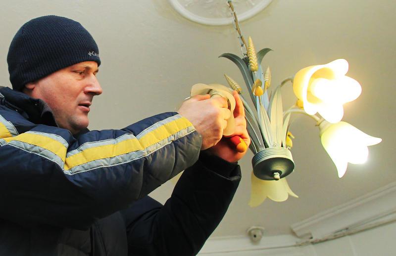 Системы электроснабжения обновили в 350 домах юга