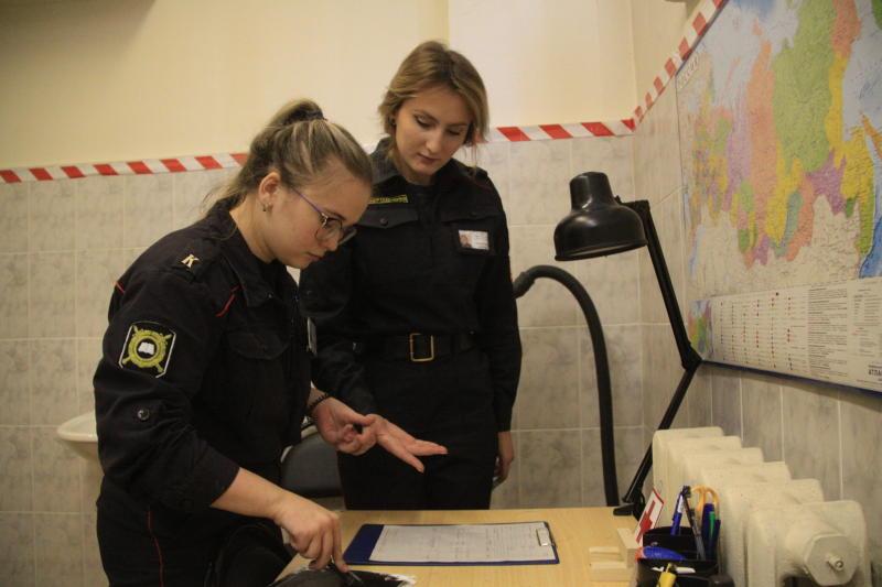 Полицейские УВД по ЮАО задержали подозреваемого в краже на сумму 1 млн рублей