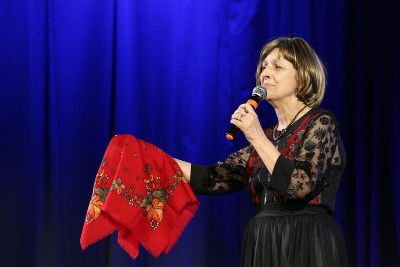 Выступление представительниц старшего поколения на культурном мероприятии. Фото архив, «Вечерняя Москва»