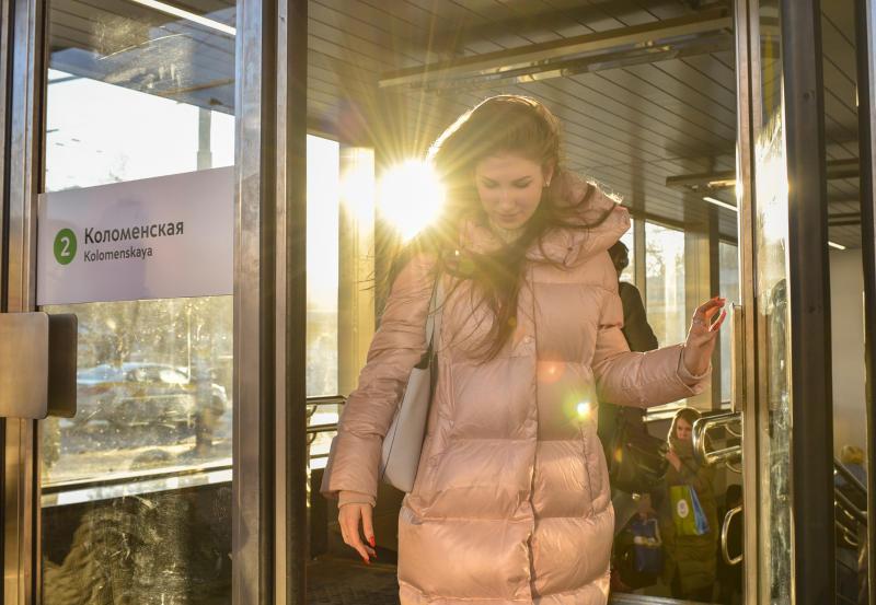 Специалисты завершили ремонт вестибюлей на станции метро «Коломенская»