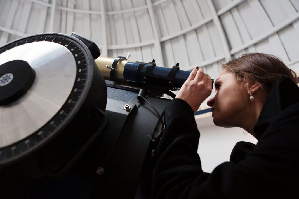 Луна и последний звездопад «столкнутся» над Москвой
