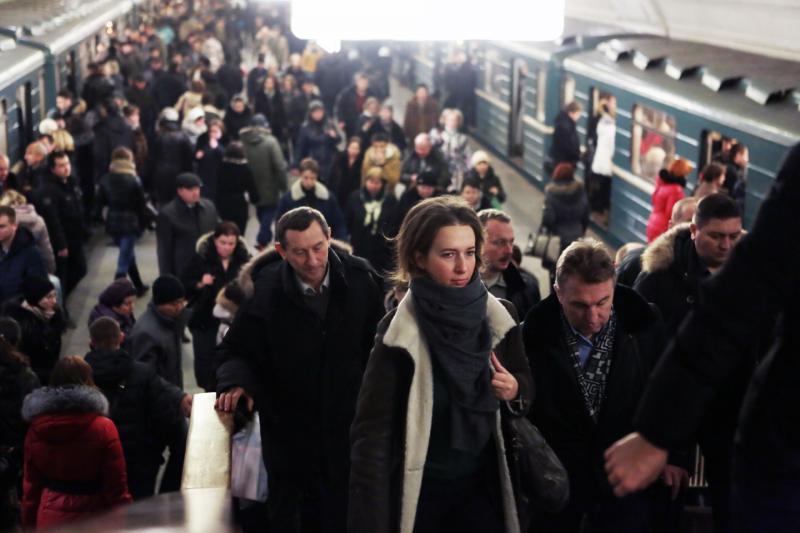 Метро Москвы перевезло девять миллионов человек в преддверии Нового года