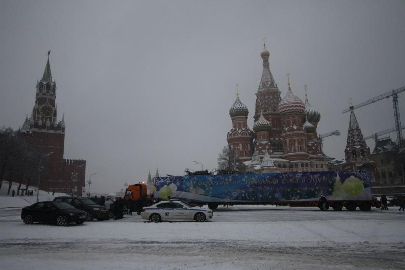 Водителям Москвы перекроют движение из-за новогодней елки