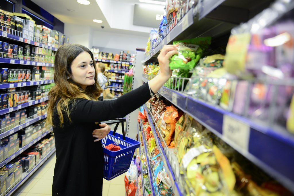 Москвичам посоветовали употреблять меньше соли и сахара в Новом году