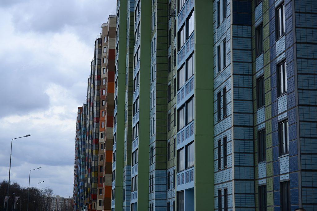 Власти Москвы продлили строительство жилого комплекса на Рублевском шоссе