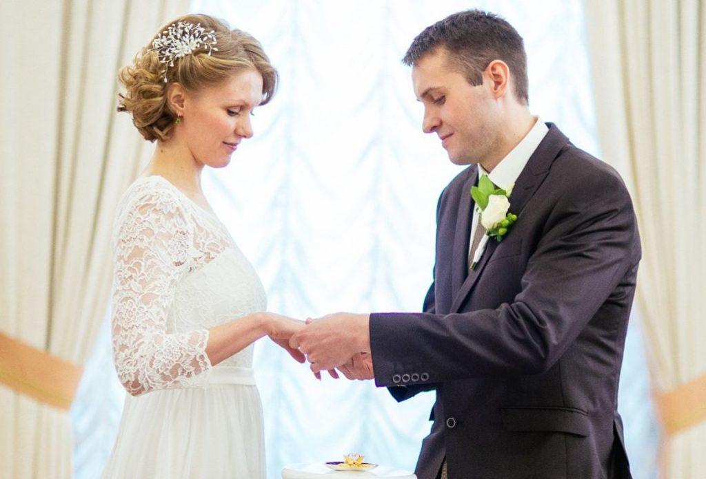 Более 4700 пар зарегистрировали брак в 2018 году на юге
