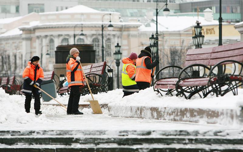 Три миллионакубометров снега вывезли из Москвы с начала декабря