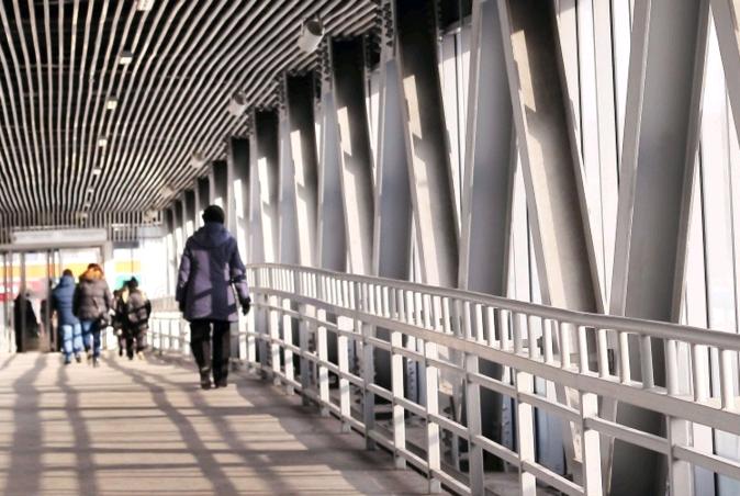Надземный переход через проспект Андропова забетонировали. Фото: официальный сайт Комплекса градостроительной политики и строительства города Москвы