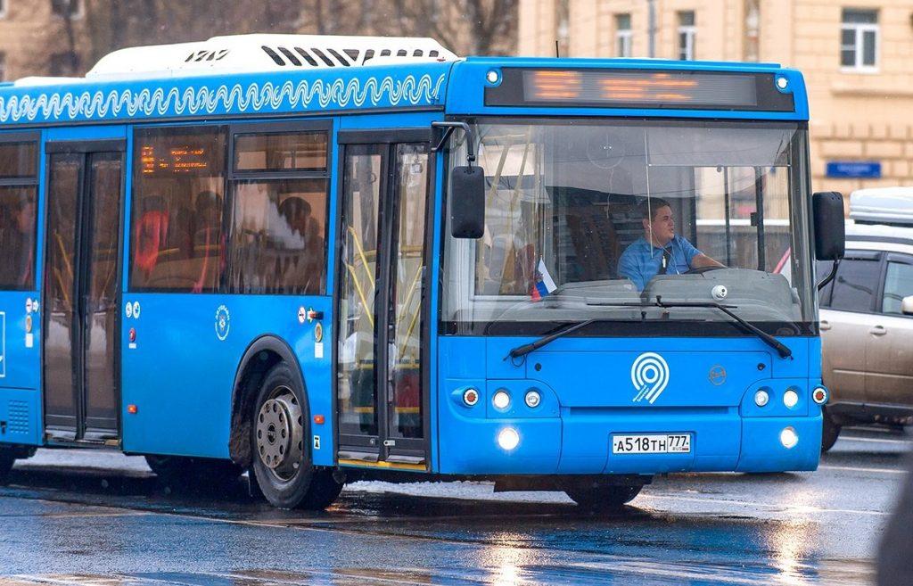 Девять автобусных маршрутов изменятся с 8 декабря. Фото: mos.ru