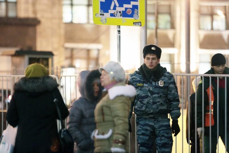 На юге столицы задержаны подозреваемые в совершении грабежа