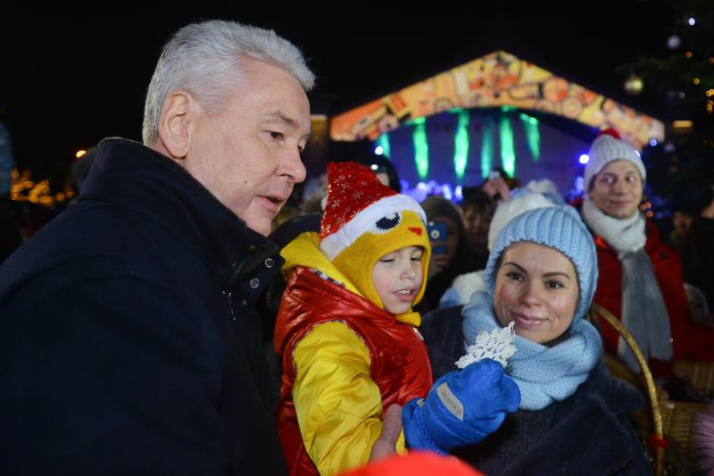 Собянин: Две трети площадок «Путешествия в Рождество» откроются не в центре