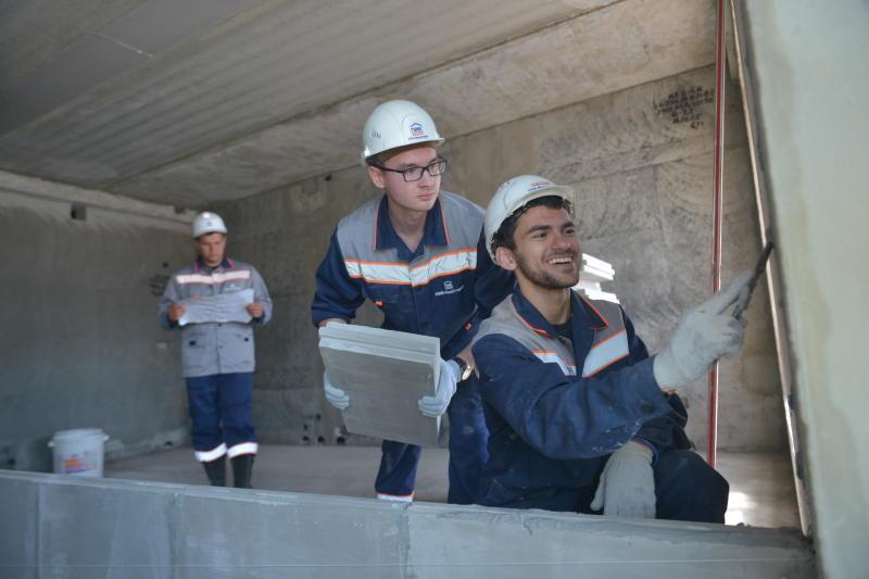 Капитальный ремонт 22-х домов в Западном Бирюлеве планируют завершить до конца года. Фото: Наталья Феоктистова, «Вечерняя Москва»
