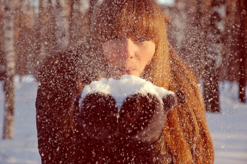 Горожан предупредили о снегопадах и гололедице