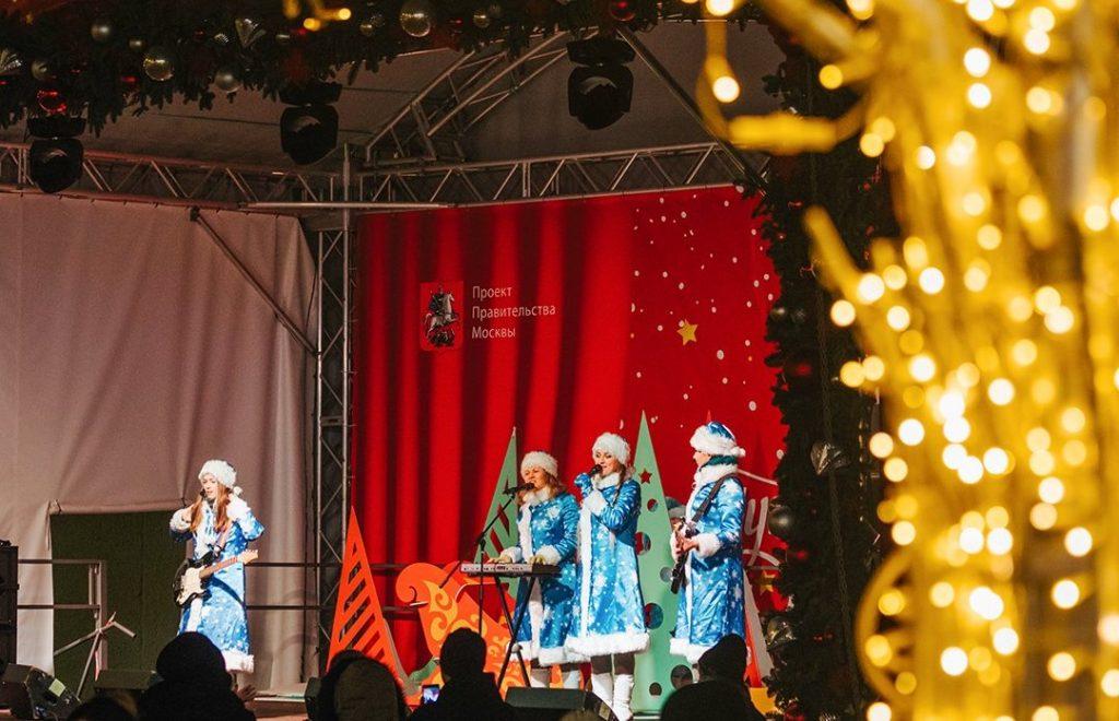Новый год к нам мчится: в Доме культуры «Маяк» проведут праздничный концерт