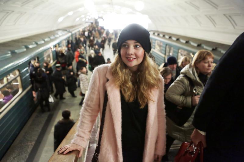 Власти Москвы не будут запрещать проезд в метро с кофе
