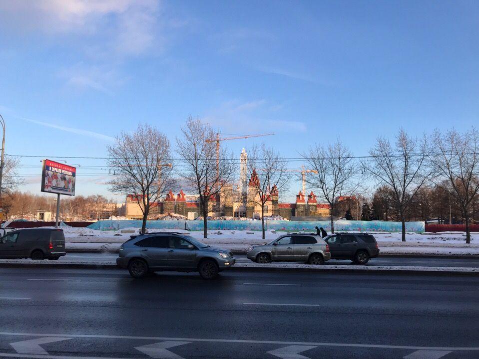 На снимке видим, на какой стадии находится строительство парка. Фото: Аксинья Бачурина