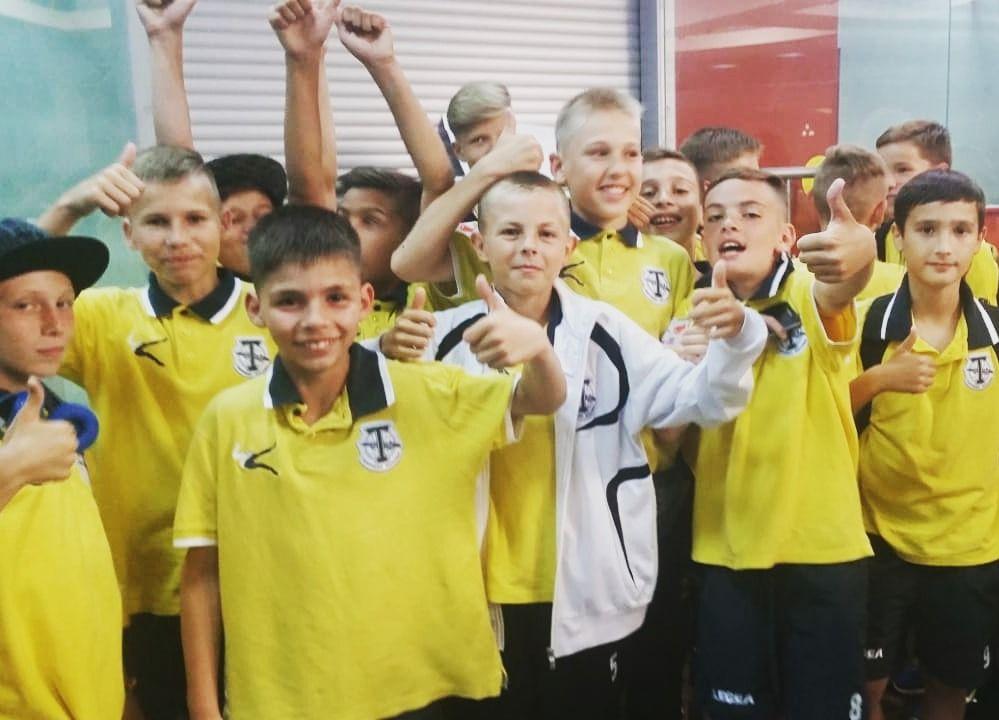 Воспитанники футбольных школ «Торпедо» и «Чертаново-2» сыграют в Зимнем первенстве Москвы. Фото: официальный сайт футбольного клуба «Торпедо»