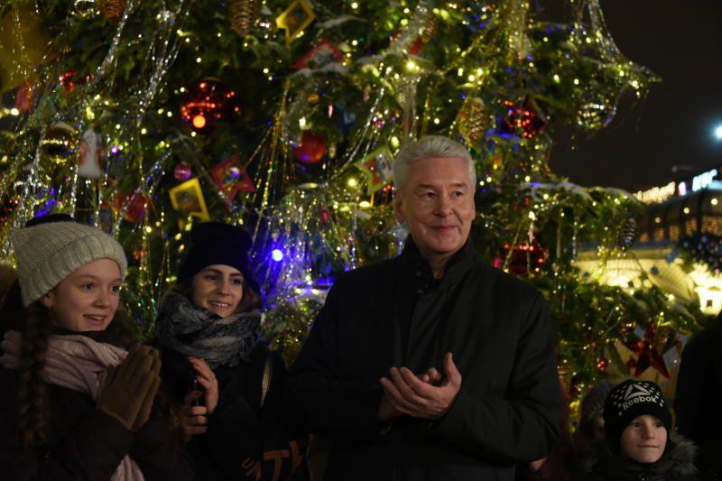 Москва приняла около пяти миллионов человек в новогодние праздники