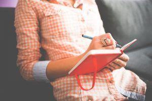 Тщательно сформулируйте и запишите все свои желания. Фото: pixabay