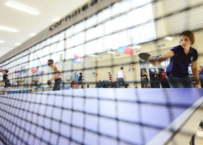 Инклюзивный турнир по настольному теннису проведут в Южном округе. Фото: Наталия Феоктистова, «Вечерняя Москва»