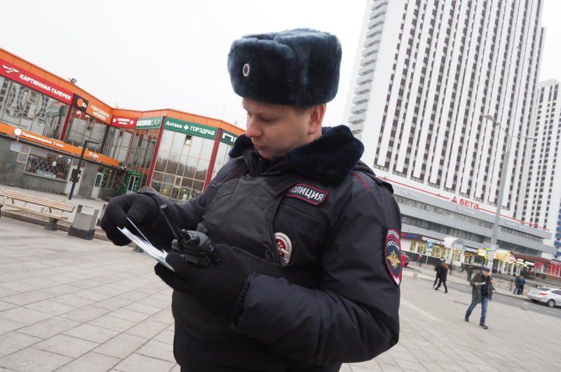 Полицейские УВД по ЮАО задержали подозреваемого в совершении грабежа