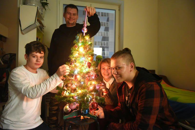Жителям напомнили про опасность пожара из-за новогодних елок