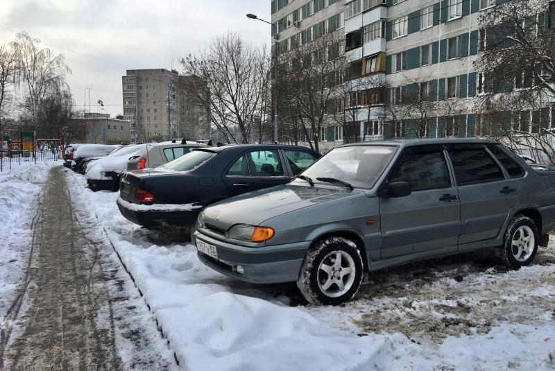Брошенные автомобили обнаружили в Москве