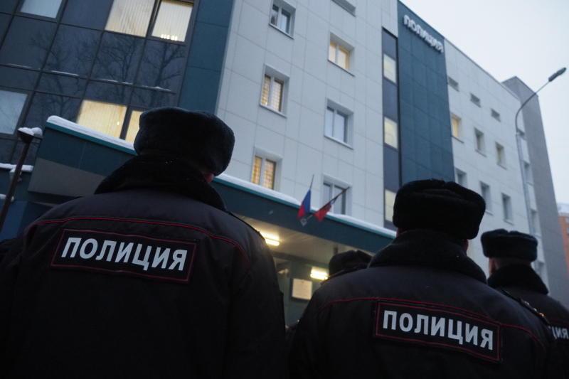 Полицейские УВД по ЮАО задержали подозреваемого в краже. Фото: архив, «Вечерняя Москва»