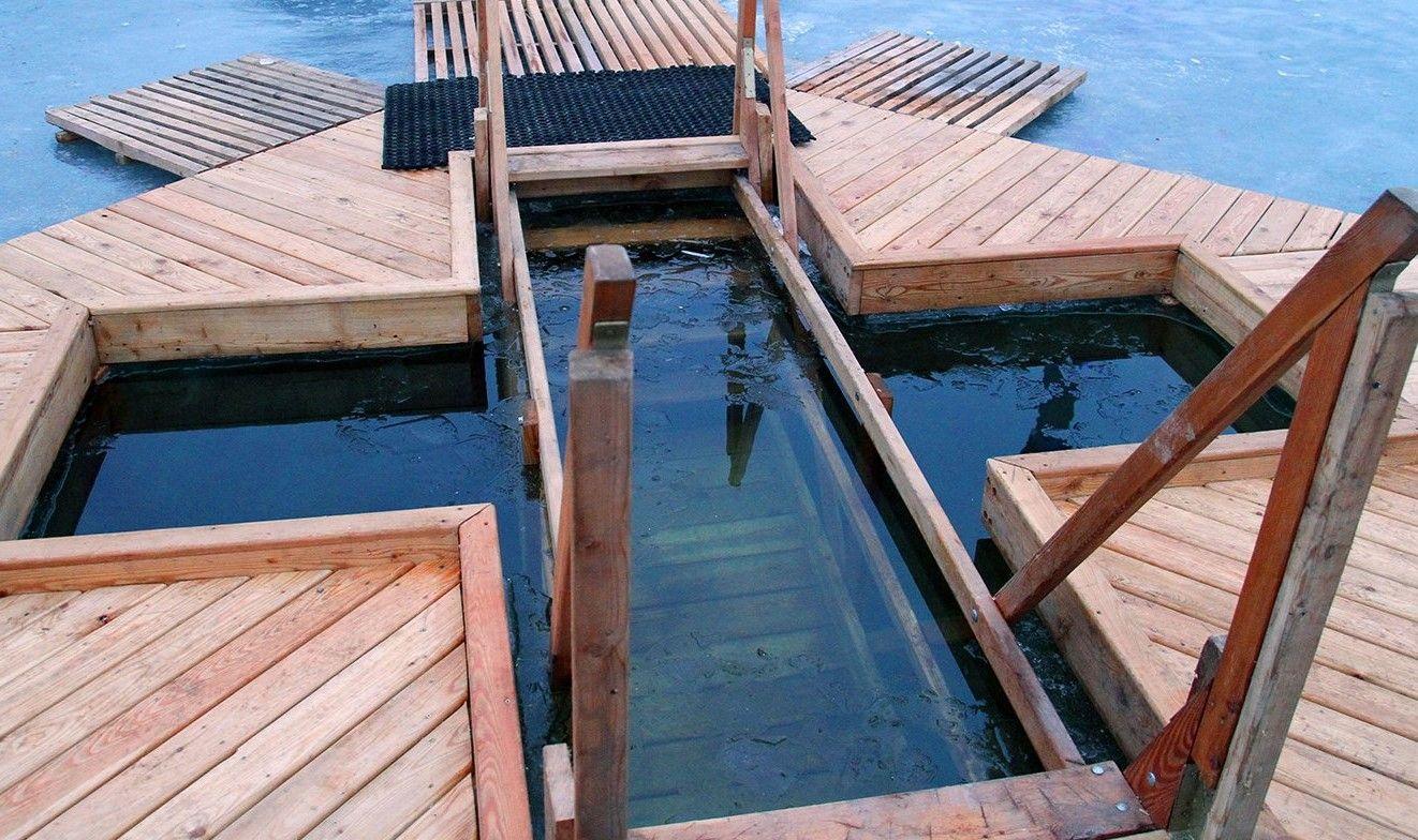 Окно в город: горожане смогут увидеть прямую трансляцию крещенских купаний в столице