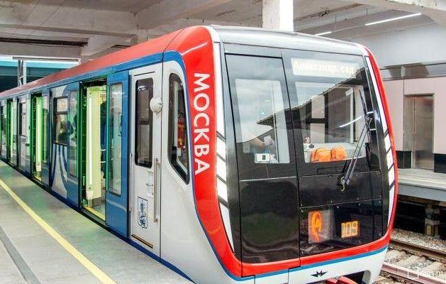 Еще шесть поездов «Москва» запустили в столичной подземке