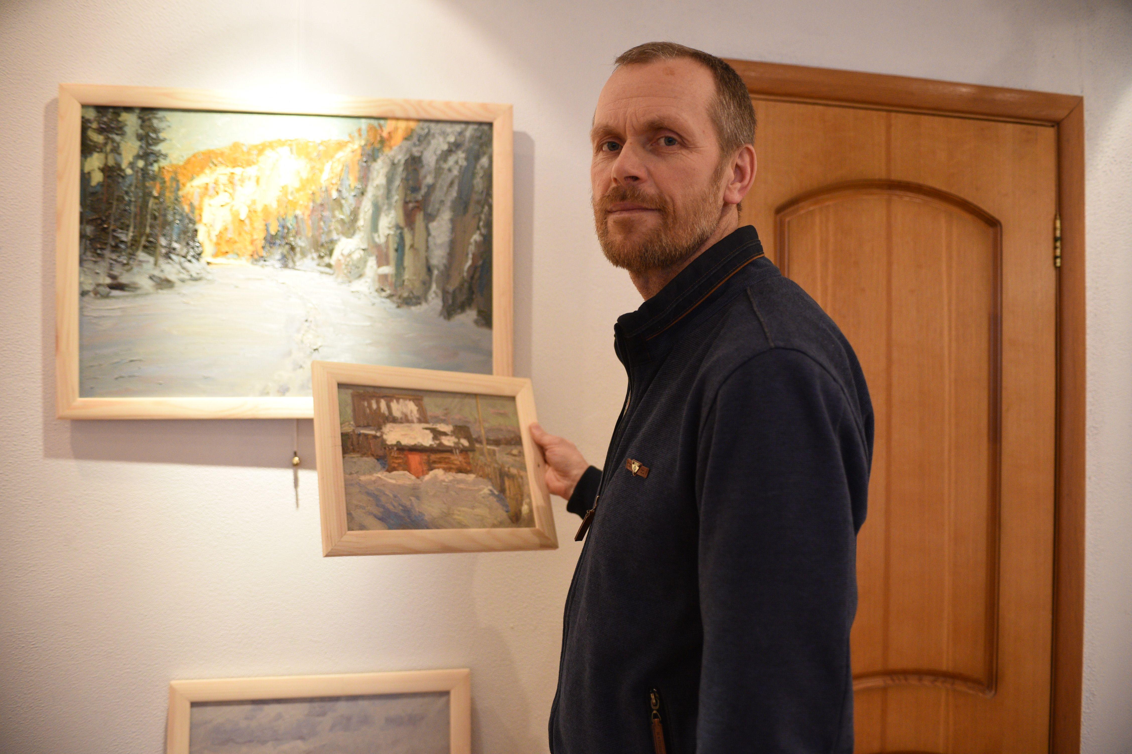 Выставку Константина Собянина провели в Центре культуры и спорта