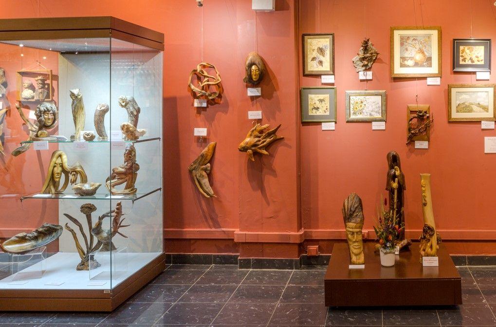 Картины из луковой шелухи и кукурузных листьев покажут в Дарвиновском музее. Фото предоставили сотрудники пресс-службы Дарвиновского музея