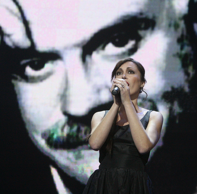 9 ноября 2010 года. Актриса и певица Инна Пиварс на творческом вечере Никиты Михалкова. Фото: PXOTOXPRESS