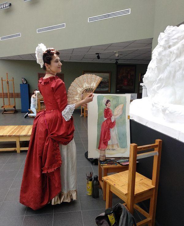 Молли позирует художникам Академии акварели и изящных искусств Сергея Андрияки. Фото: сайт Исторического общества «Феникс»
