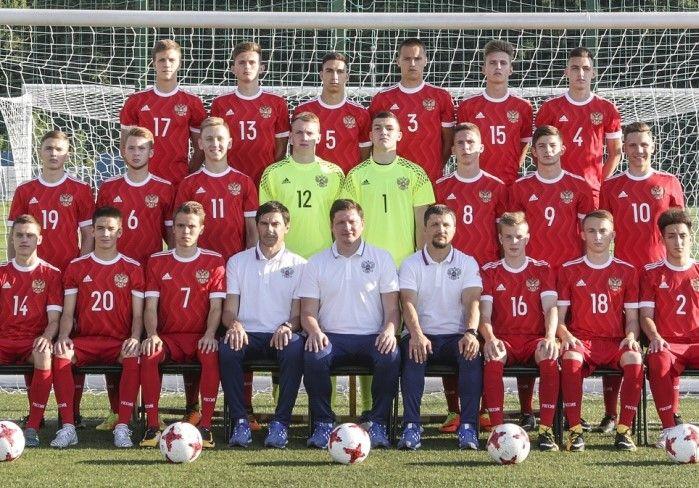 Трех воспитанников футбольной школы «Чертаново» вызвали в команду сборной России U-19