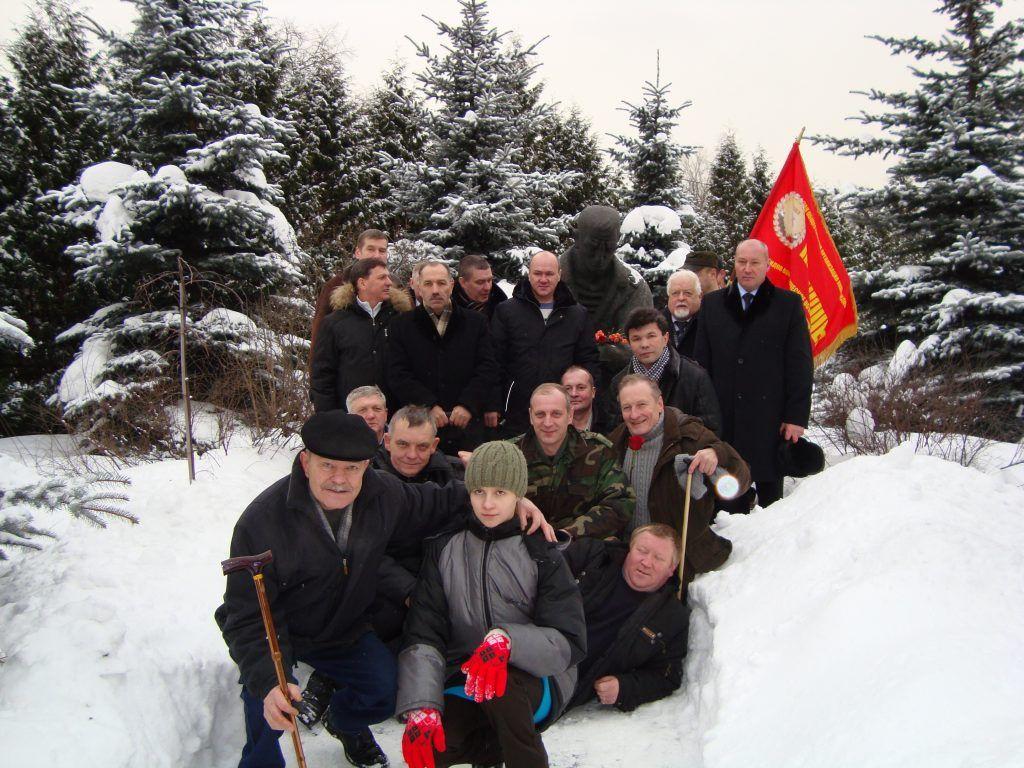 15 февраля 2010 года. Члены общества «Пандшер» и школьники района Царицыно. Фото: личный архив Валерия Смирнова