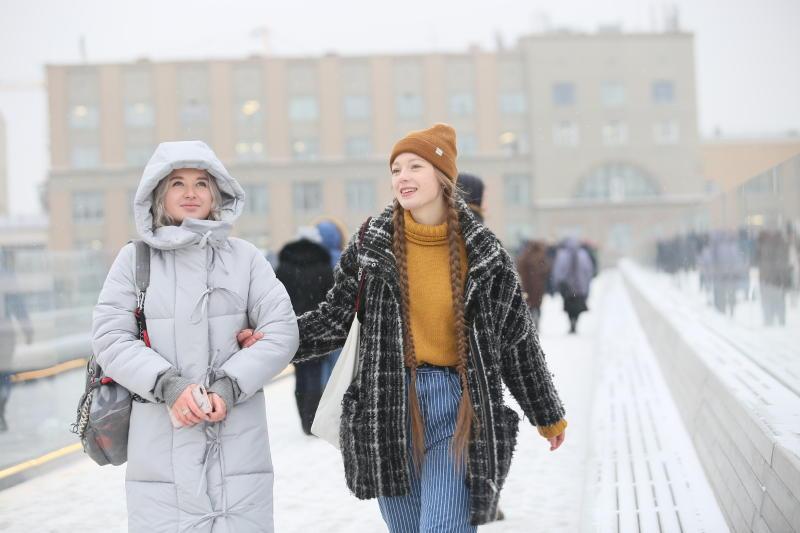 Теплое воскресенье пообещали москвичам