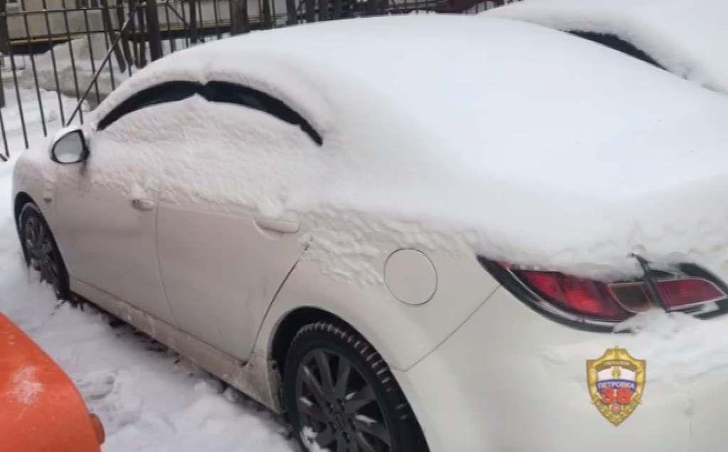 Полицейские УВД по ЮАО задержали подозреваемого в краже автомобиля