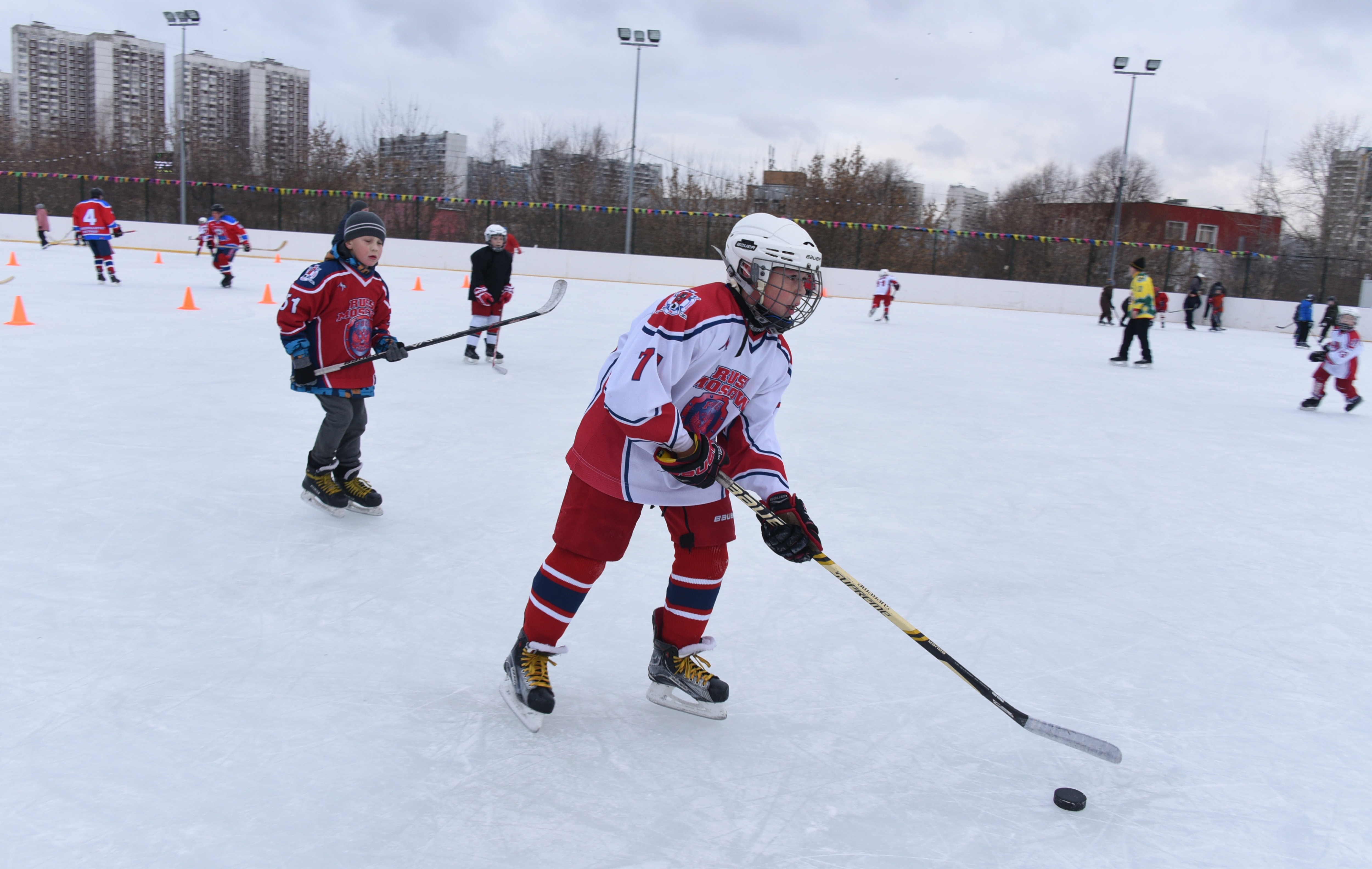Горожане поучаствовали в спортивных играх в День защитника Отечества