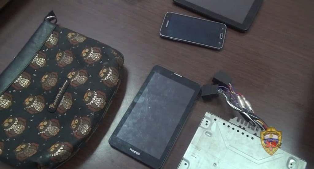 Полицейские Южного округа задержали подозреваемых в грабеже