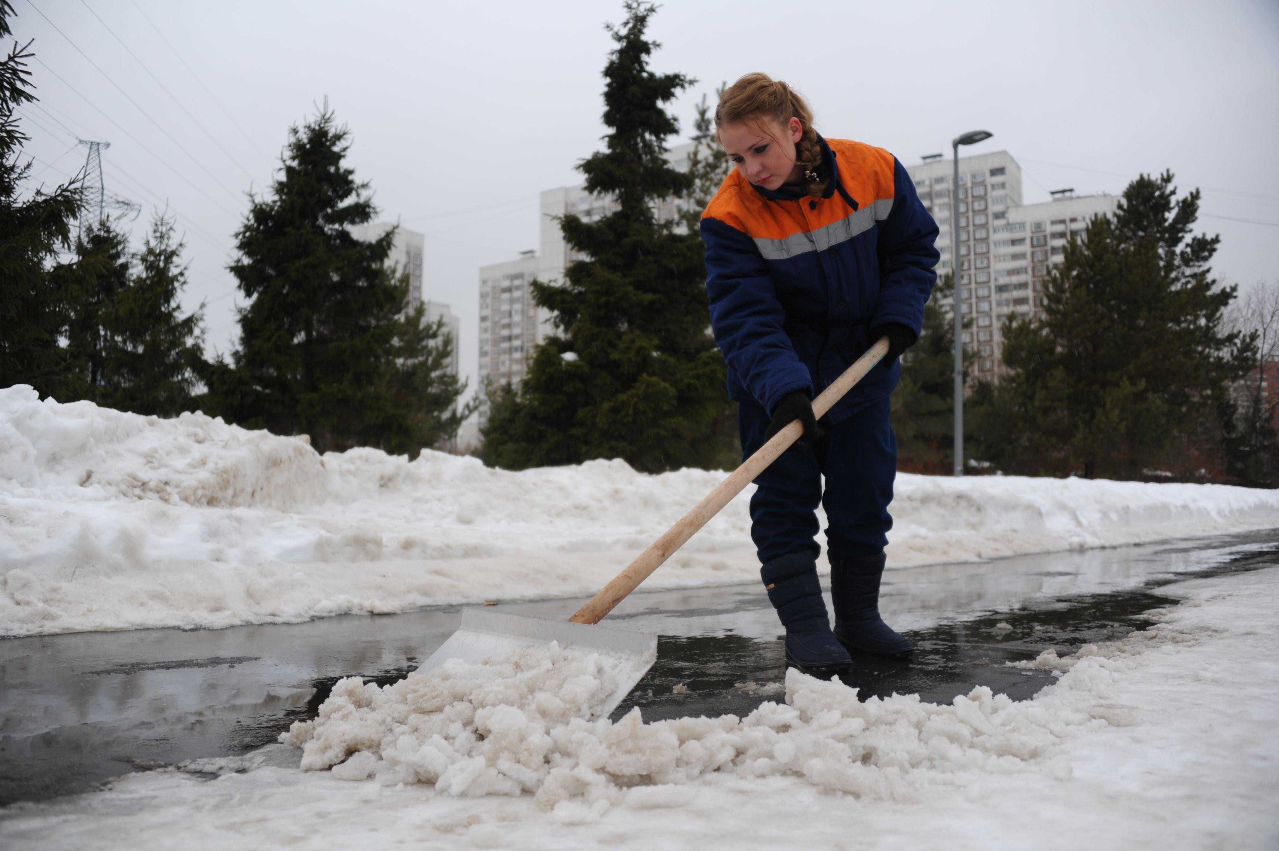 Москву накроет сильный снег, но сугробы не вырастут