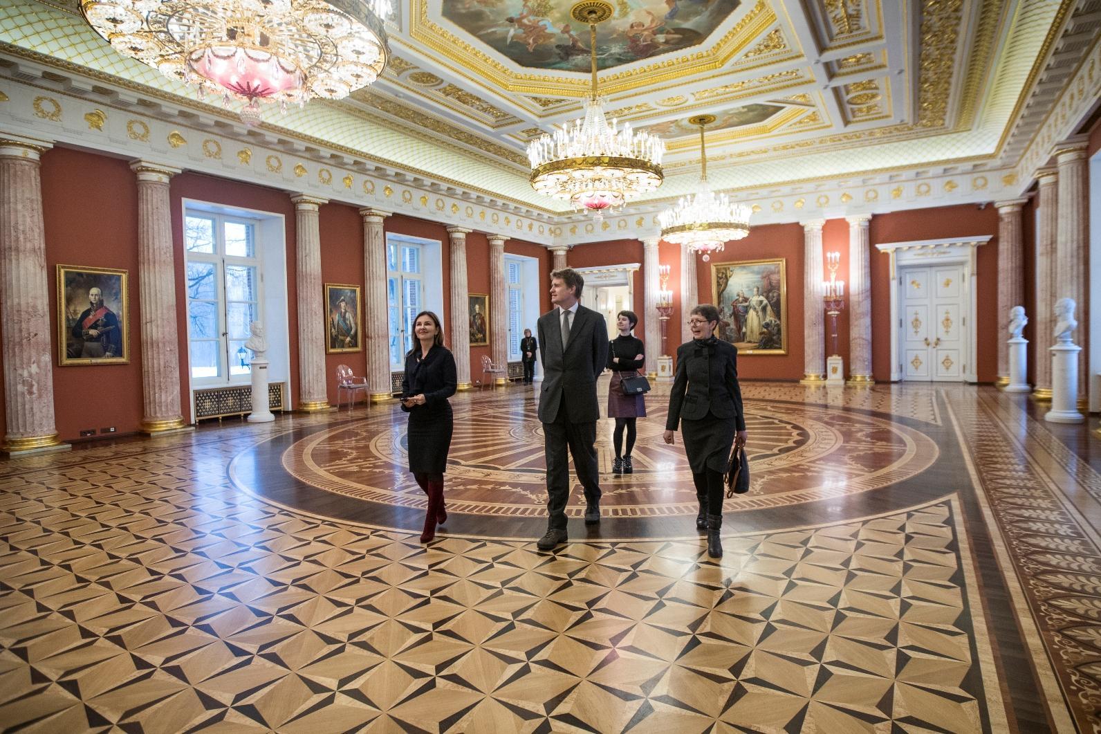 Директор лондонского музея декоративно-прикладного искусства и дизайна посетил «Царицыно»