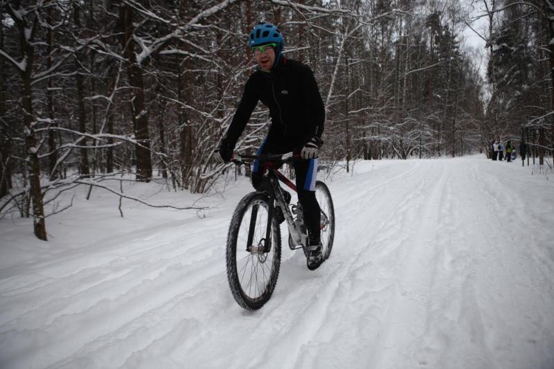Велосипед снега не боится